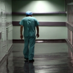 Τρία εκ. Ελληνες είναι ανασφάλιστοι και δεν έχουν πρόσβαση σε ιατροφαρμακευτική περίθαλψη