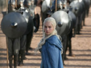 17997285_5. ame-of-thrones-daenerys