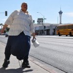 Πέθανε ο άνδρας με τους όρχεις των 63 κιλών