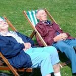 Κάθε έρευνα και συμπέρασμα: Η σιέστα κόβει χρόνια στους ηλικιωμένους!