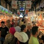 Οι «άγγελοι» της Βαρβακείου εμφανίστηκαν και πάλι και μοίρασαν κρέατα αξίας €50.000 σε απόρους!!