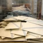 «Σπάει τα κοντέρ» ο Μανώλης Γλέζος, ξεπέρασε τους 420.000 σταυρούς