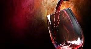 Το κόκκινο κρασί προστατεύει τα δόντια