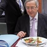Daily Mail: Μέθυσος ο Γιούνκερ – «Πίνει κονιάκ στο πρωινό του…»