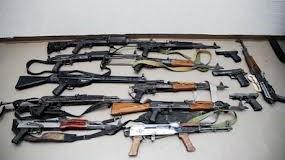 Συνελήφθησαν 3 ημεδαποί στις Σέρρες για – κατά περίπτωση – κατοχή και διακίνηση ναρκωτικών και παράνομη οπλοκατοχή
